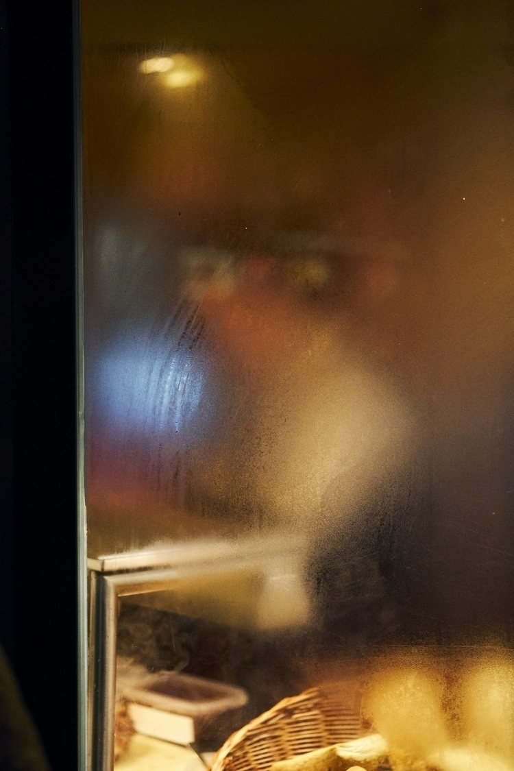 Steamy windows nice pictures - streetphotography - dominik_wehner   ello