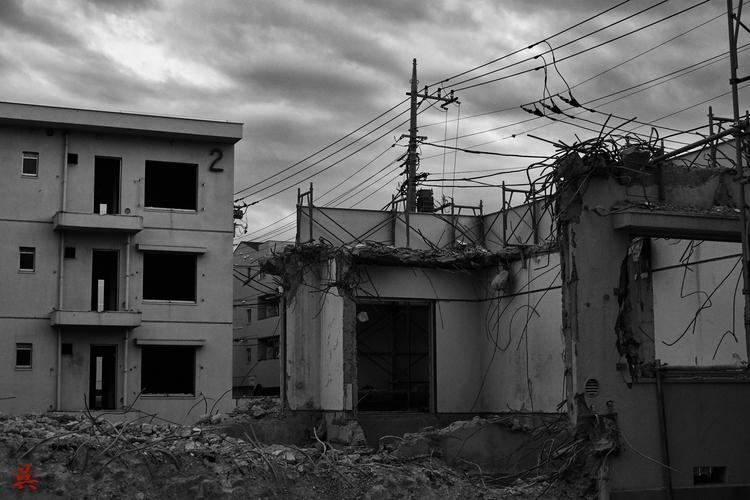 Deconstruction - Tokyo, Japan, Blackandwhite - gullevek | ello