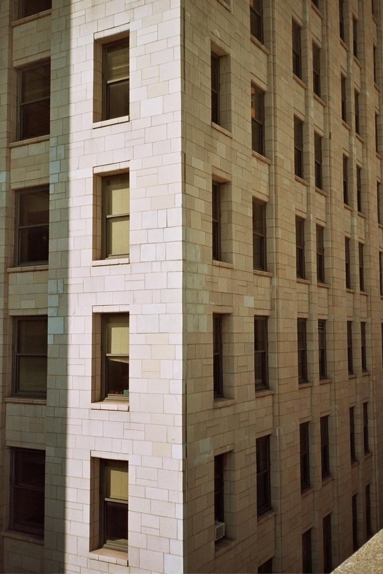 shadow play - 35mm, film, filmphotography - zelmanski | ello