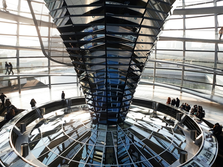berlin, reichstag, dome, architecture - breadcrumbfountains | ello