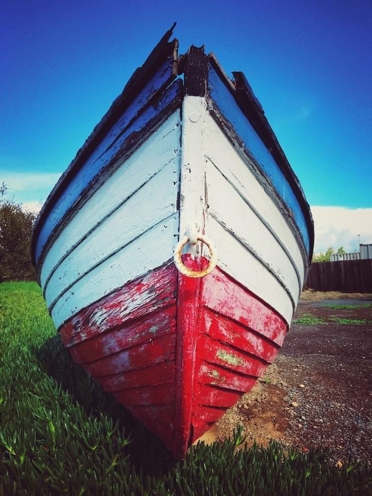 Red, white blue boat - hollingsworth - hollingsworth | ello