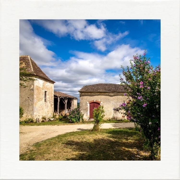 France, barns, farm, chateau - wilky | ello