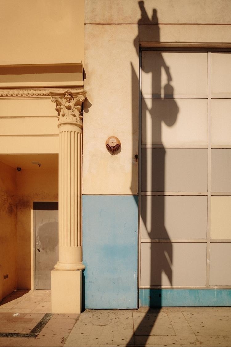 LA. 2017 - streetphotography, photography - killthecity | ello