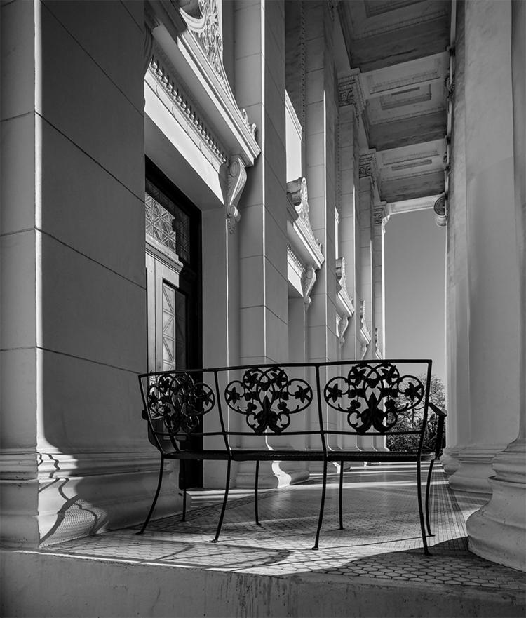 bench, portico, church, Pasaden - frankfosterphotography | ello