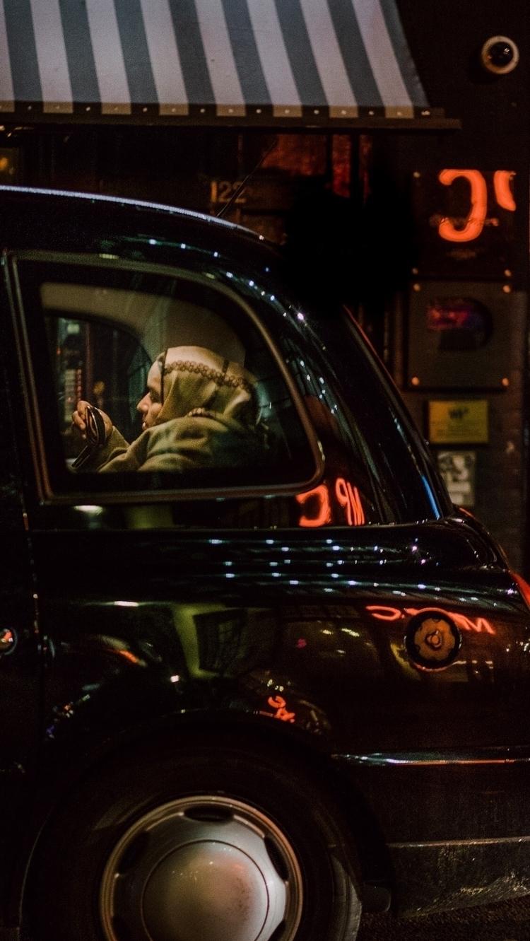 Lady Taxi - streetphotography, streetphoto - clemonojeghuo   ello