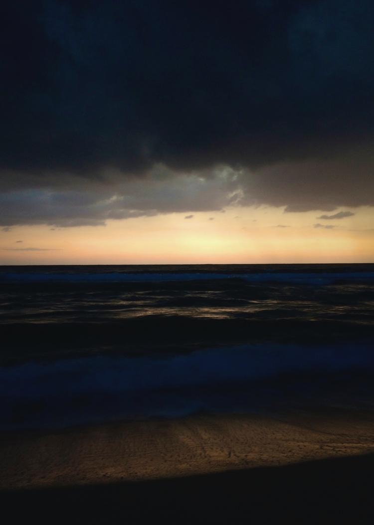 iphone5 sunset Corsica - pixotrope | ello