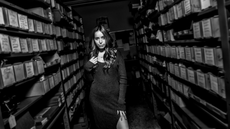Amanda warehouse - photoshoot, model - vnrphotography | ello