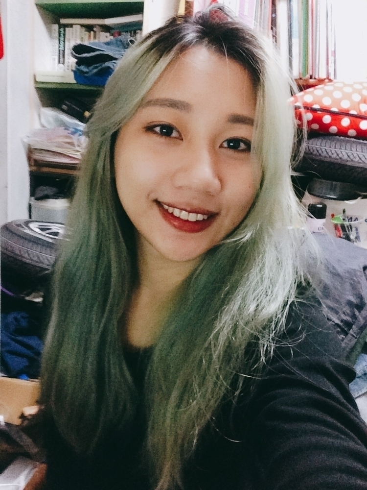 blond hair, green 2017.01.24 - omei55 | ello