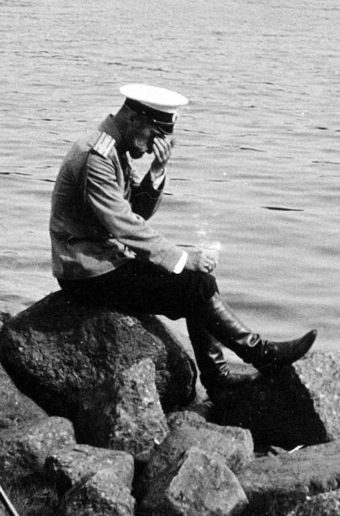 Nicholas II hearing outbreak Ru - arthurboehm | ello