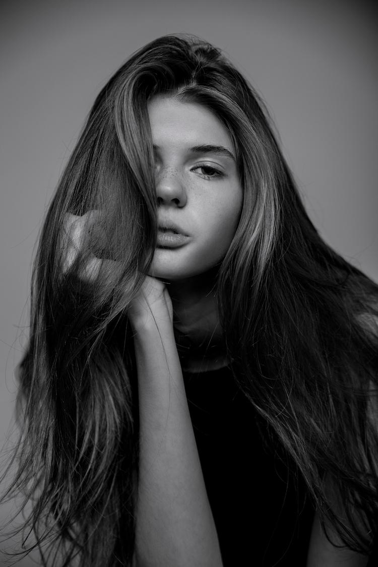 Model: Lizzy Ryan Agency: Ignit - braden_schlegel | ello