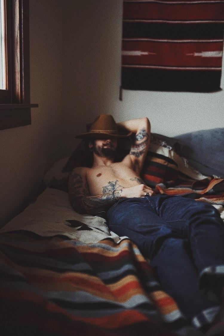 Takin' nap - photographer, photography - _tomborges | ello