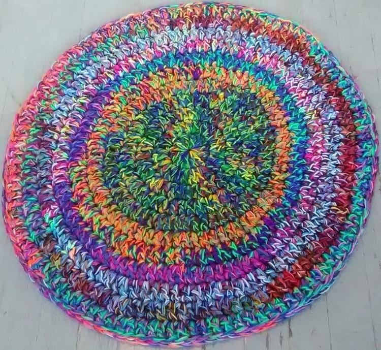 SOLD...Handmade Crochet Rug Lap - maryherrigfiberarts   ello