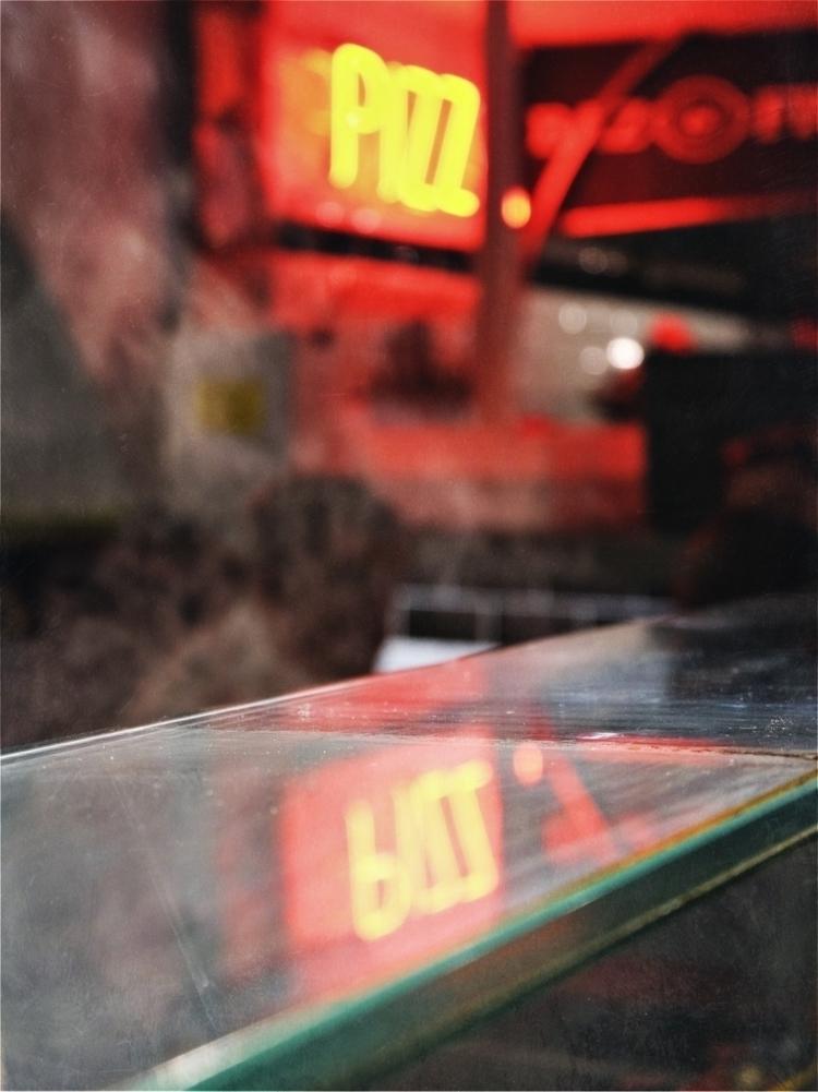 Pizz Action - streetphotography - pattyjansen | ello