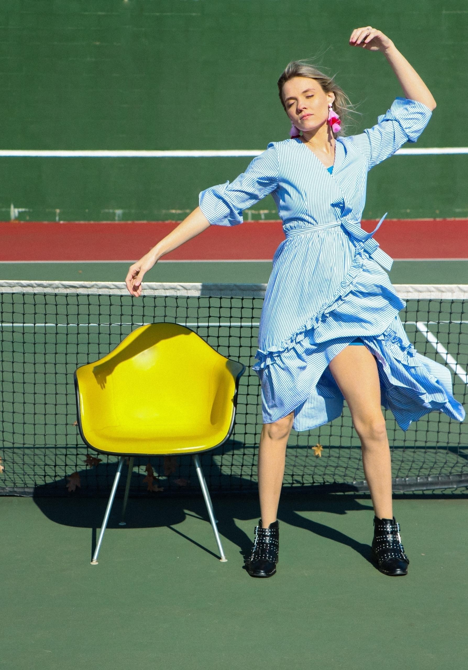 Mod Space Tennis Photographer S - saisiesam | ello