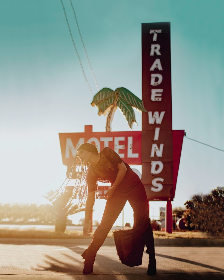 sun, motel, photography, texas - capturedbykelsk | ello