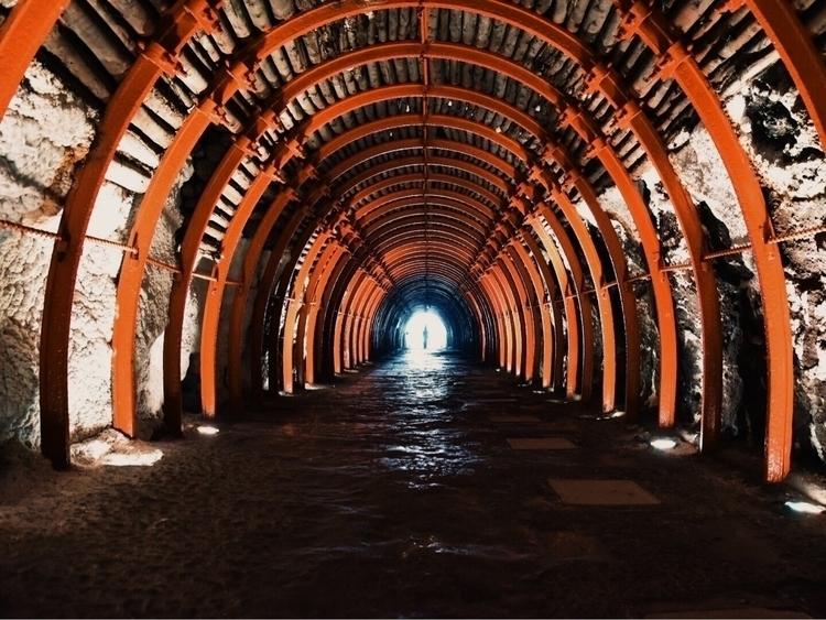 exploring life. [trust || - Cave - luisvidal_18 | ello