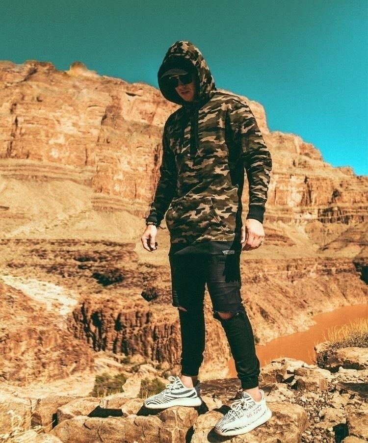 Exploring wearing camo hoodie - GrandCanyon - alexmaclean_ | ello