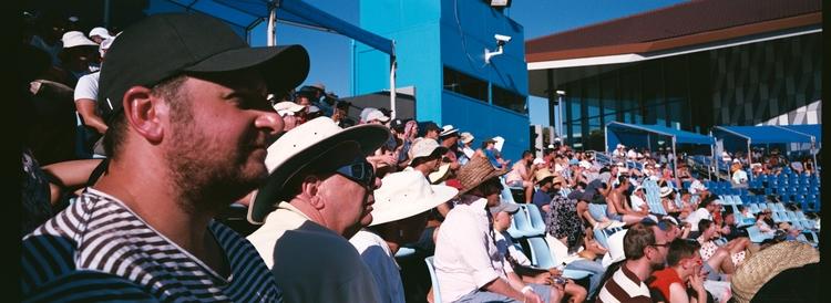 australian open crowd. guy grea - kappuru | ello