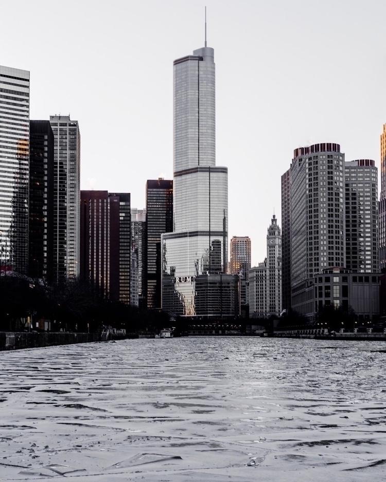Overcompensating - chicago, photography - ryansiu | ello
