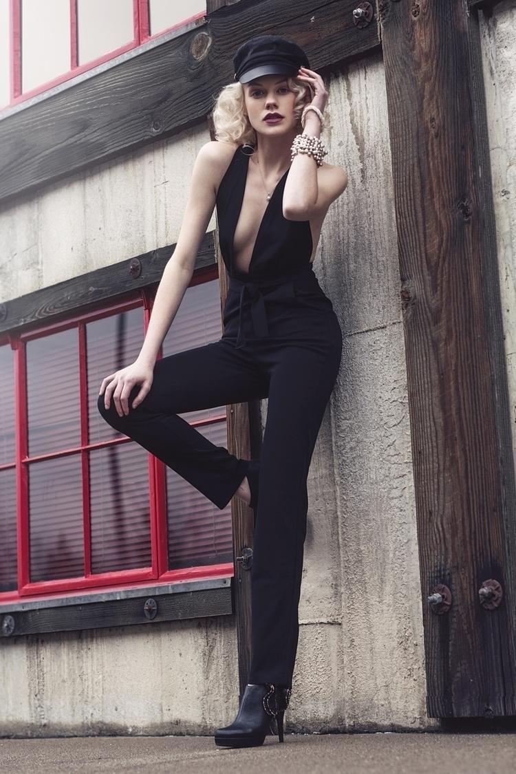 graceful edgy model: Sarah Noel - robinhagyphotography | ello