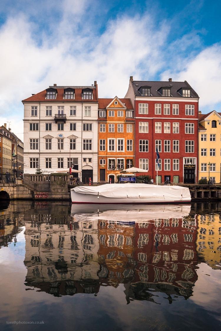 Nyhavn 4 - Denmark, Copenhagen, canal - toni_ertl | ello