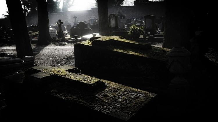 Eroded tombstones, cemetery Lie - ericvandael | ello