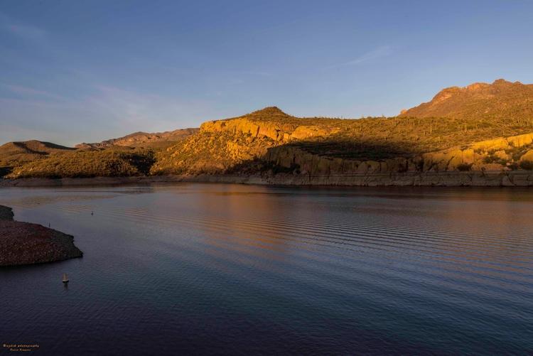 Sundown Yellow Cliff, 2018 wait - azdrk | ello