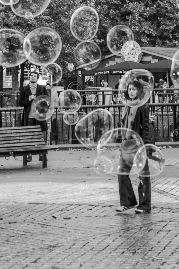 streetphotography, london, blackandwhite - gilbyvm   ello