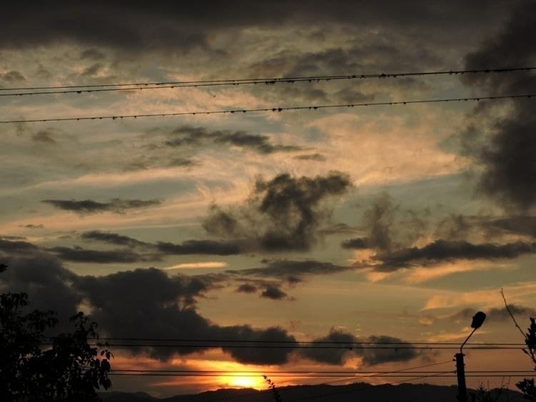 Amateur sunset shot. Submitted  - cjduarte71 | ello