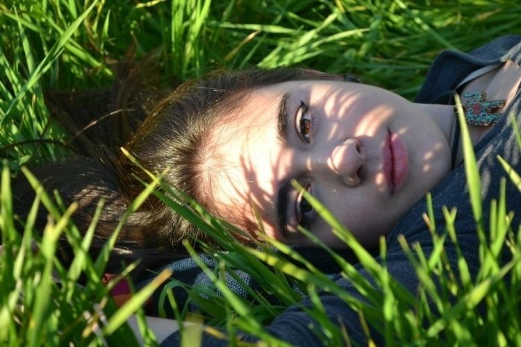 girl, portrait, nature, cute - saraph97 | ello