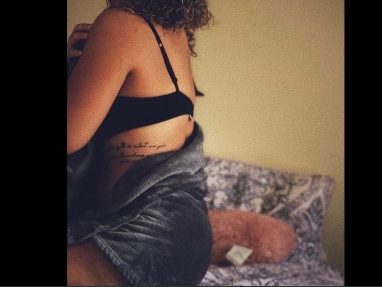 Sweet honey , golden curls tan  - thelifeoflex | ello