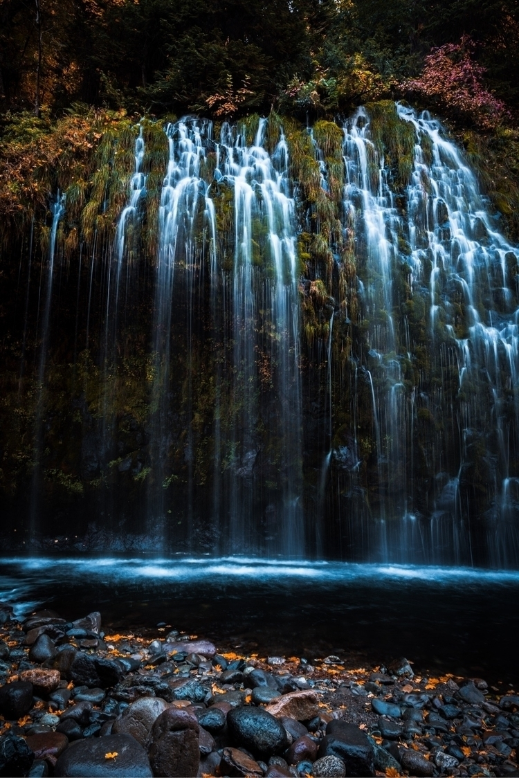 falls Mossbrae fall Northern Ca - the_lost_coast | ello