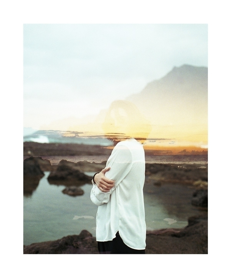 Tenerife Sea - Photo, girl, landacape - l3oamaya | ello