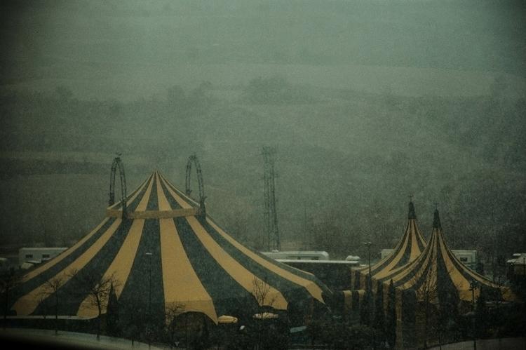 SnowStorm Circus :snowflake:️ - abelongo   ello
