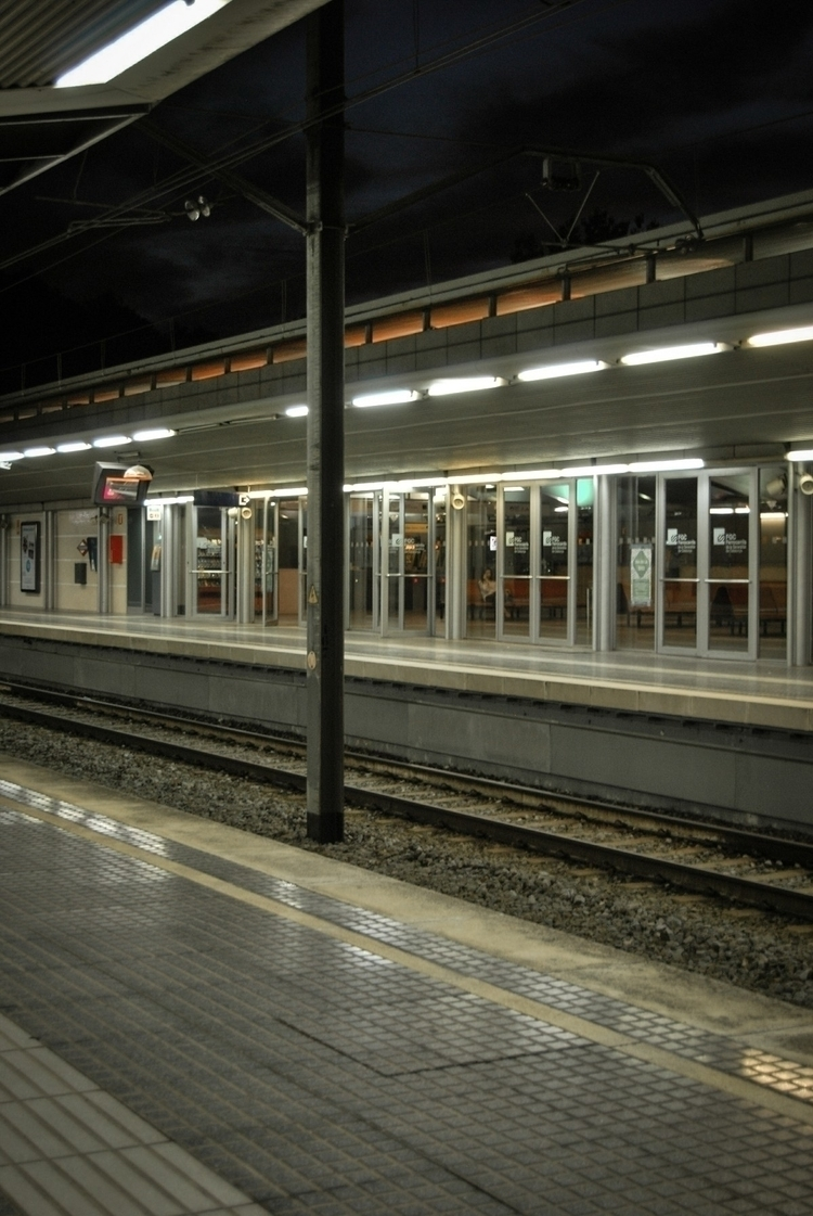 nikon, photography, station - laiaviddal | ello
