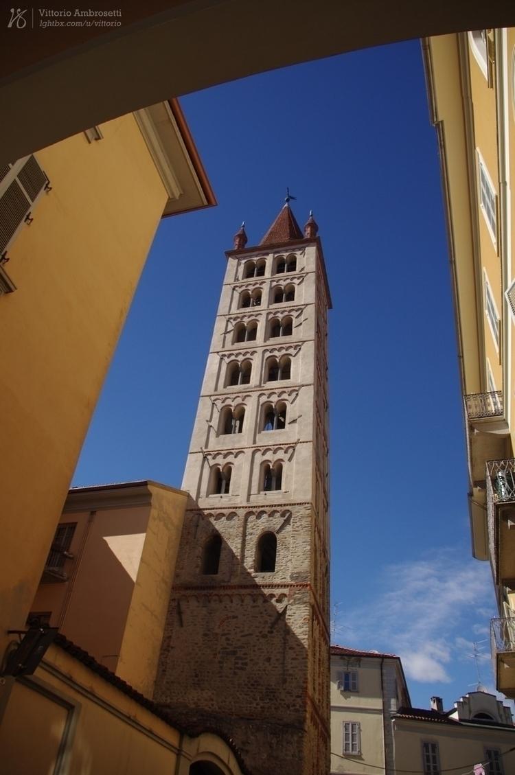 Bell tower Santo Stefano, Biell - azonic   ello