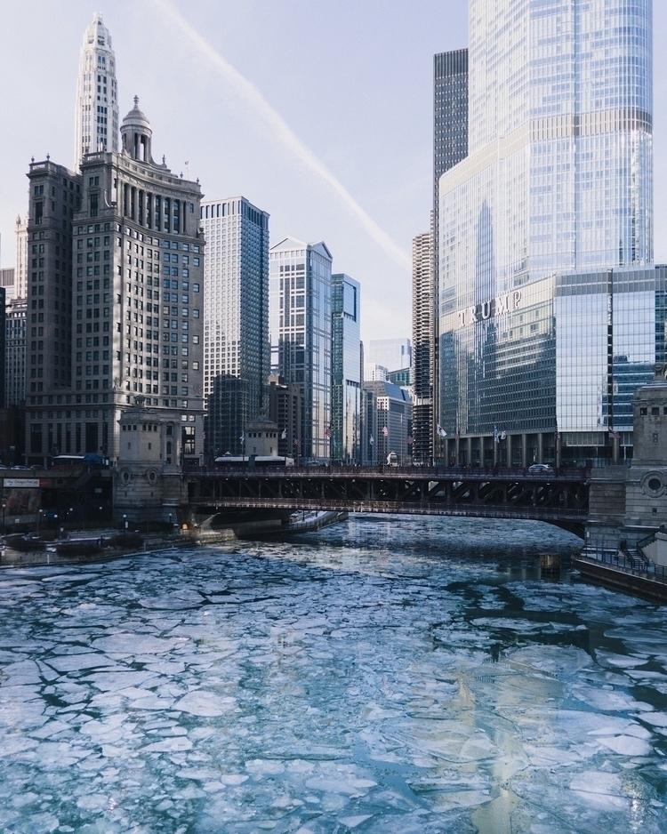 chicago, chicagoriver - bennettbergeron | ello
