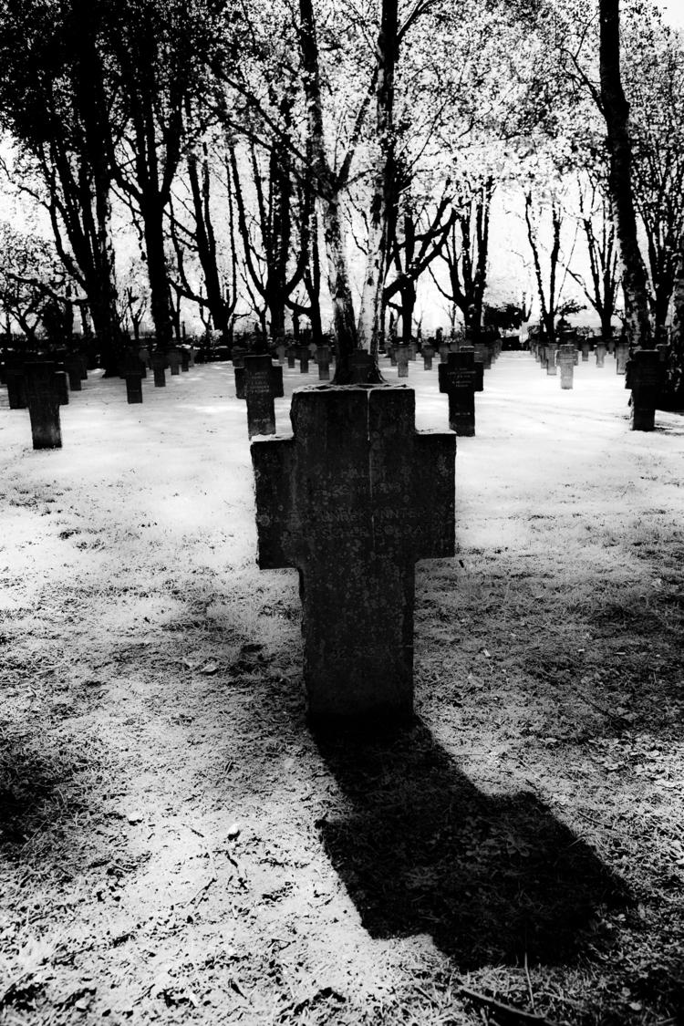 Dark shade war - cross, cemetery - ericvandael | ello