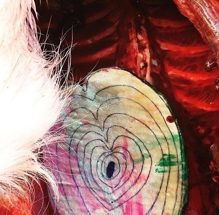 (dearest) DEER Heart-shaped art - loriremmel   ello