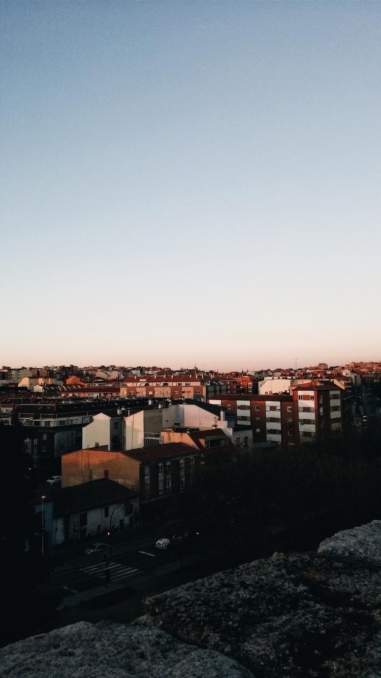 Zamora 🖤 - aliens_xx | ello