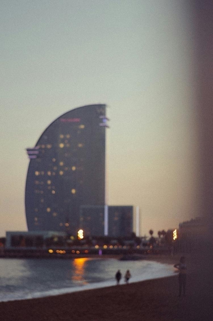 geometry, hotelw, barcelona, analogic - joellloret | ello