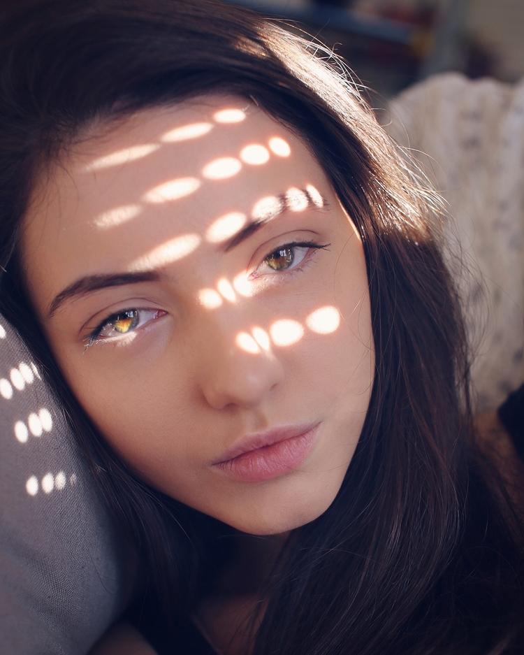 yulia - ahowc | ello
