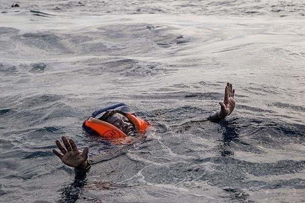 migrant board boat German NGO S - alessiopaduano | ello