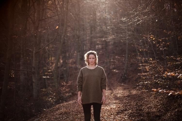 Maria forest - portrait, photographer - helenbalzary | ello