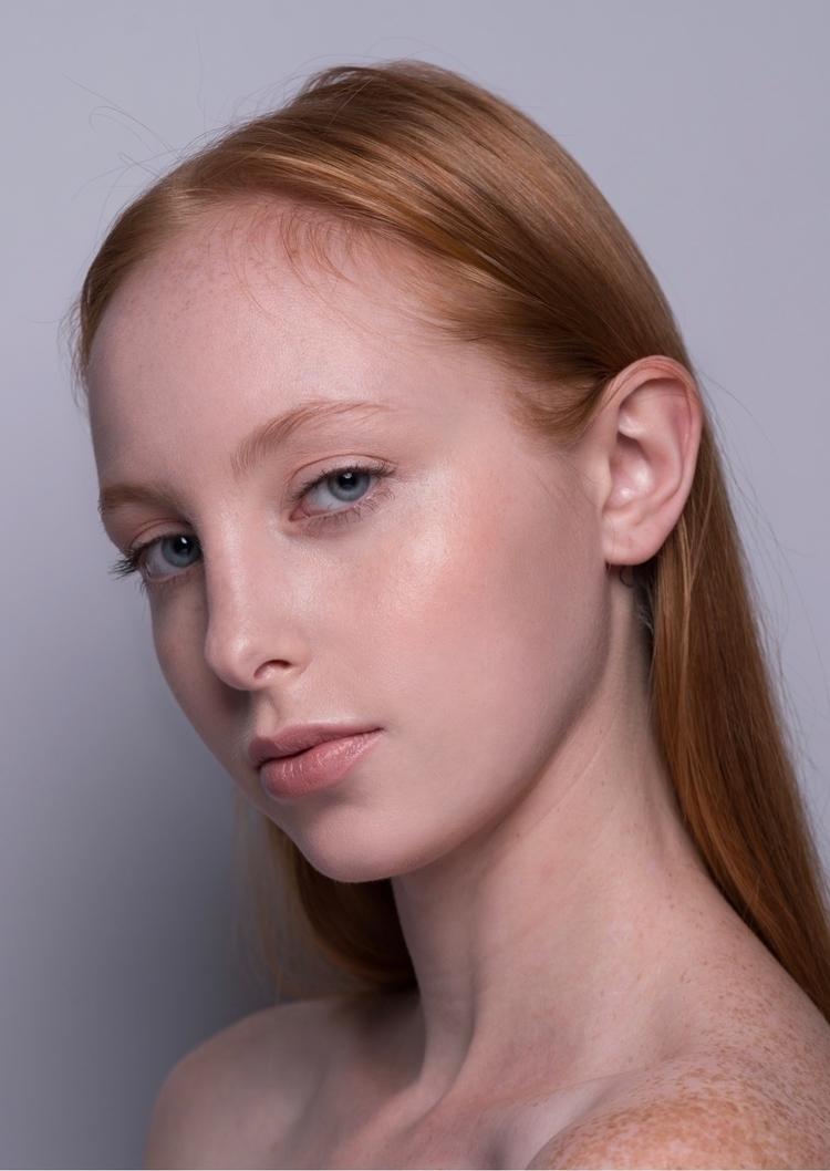 Peach Dew Photography Makeup Co - blushh   ello