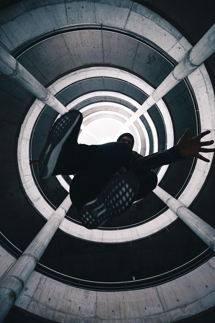 Jump - jump, urban, levitation, levitate - loquehayquever | ello