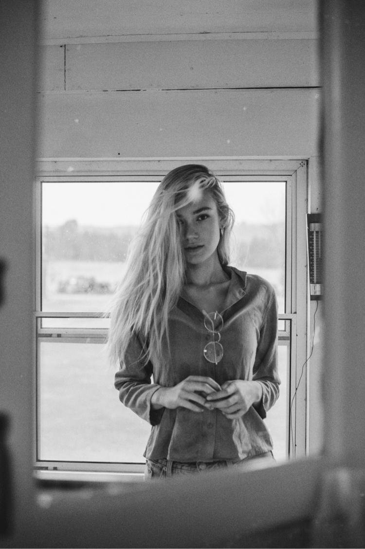 Faded Model: Coralyn Moran Loca - lazylittledaisy | ello
