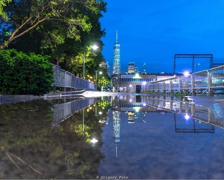 Blue Hour World..  - newyork, reflections - grigory_foto | ello