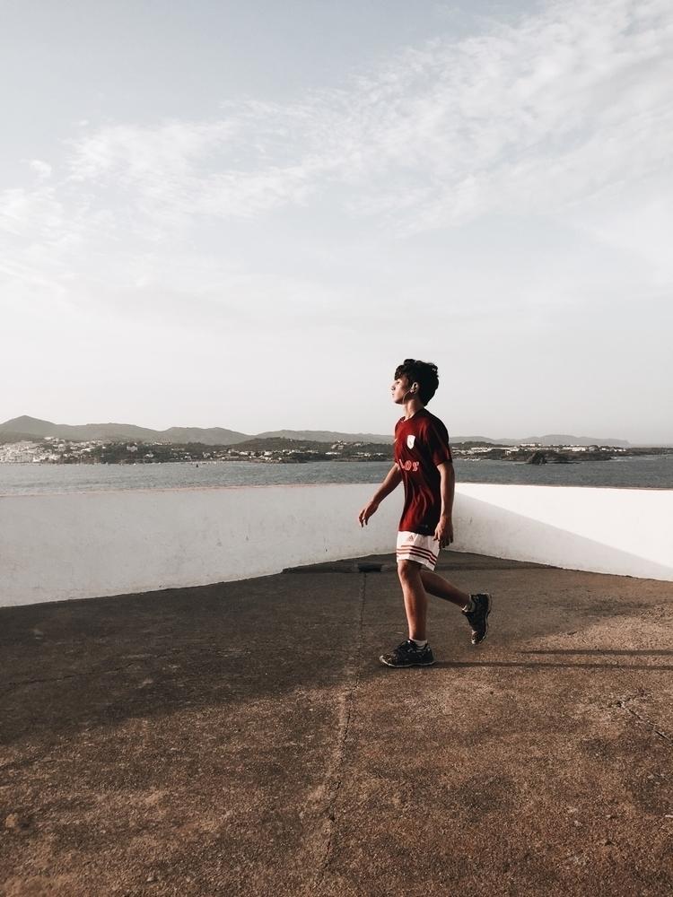 mediterraneo, summer, running - blackbyanna | ello