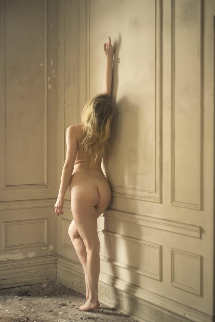 nude, selfportrait, abandoned - kaylamsavage | ello